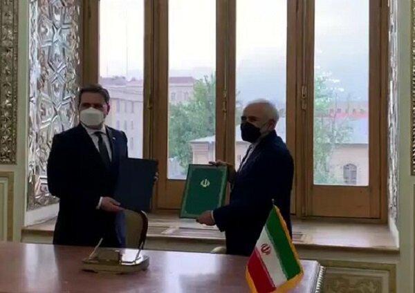 سند همکاری های وزارتخانه های امور خارجه ایران و صربستان امضا شد