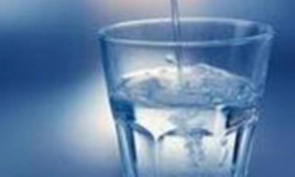 آب بنوشید تا زیباتر شوید